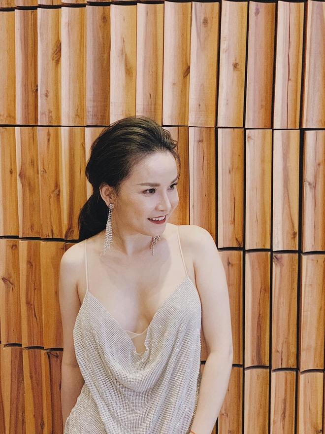 Ngoc Lan, Truong Quynh Anh thay doi phong cach sau ly hon hinh anh 11 64957329_10157069591597745_8940112445398056960_o.jpg