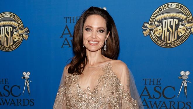 Angelina Jolie thay doi nhu the nao sau 4 nam chia tay Brad Pitt? hinh anh 9 angelina_jolie.jpg
