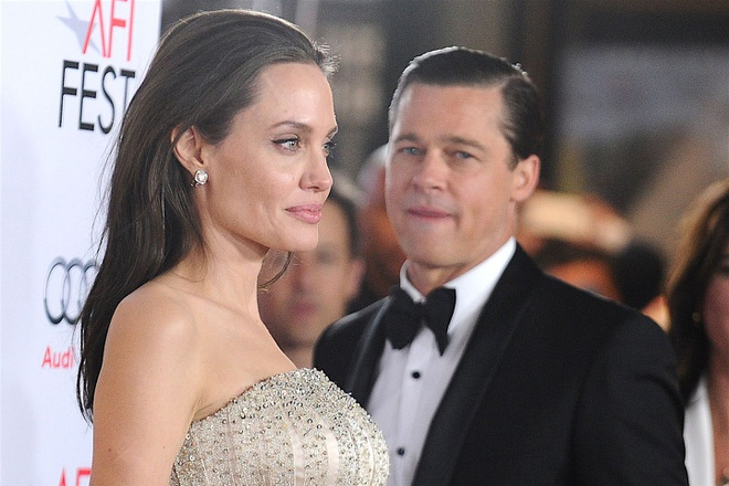 Angelina Jolie - Brad Pitt.