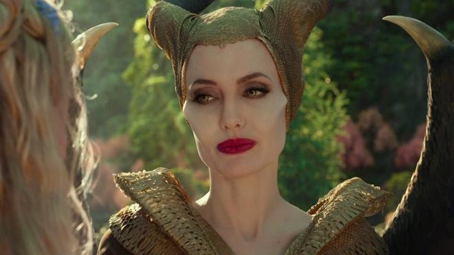Angelina Jolie thay doi nhu the nao sau 4 nam chia tay Brad Pitt? hinh anh 7 maleficent.jpg