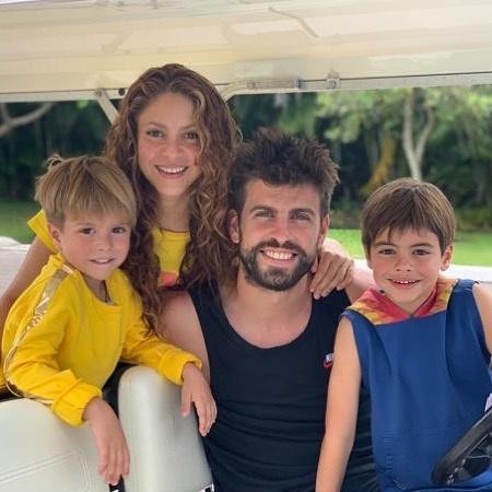 Shakira va ban trai Gerard Pique anh 3