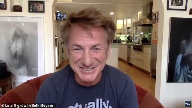 Sean Penn cuoi online anh 1
