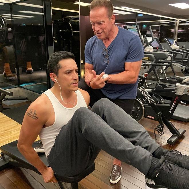 ke huy diet Arnold Schwarzenegger anh 6