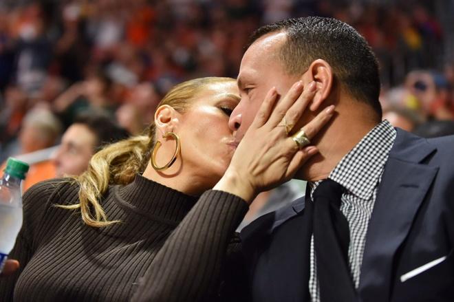 Jennifer Lopez chia tay hon phu anh 2