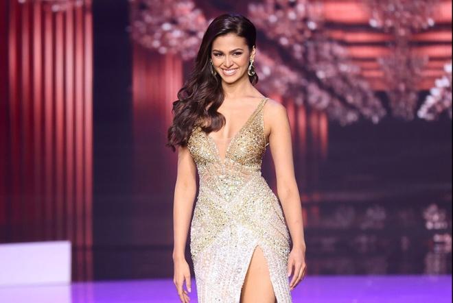 Khanh Van chung ket Hoa hau Hoan vu Miss Universe anh 17