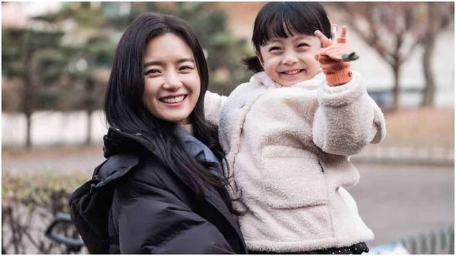 Nhung vai phu ghi diem tren man anh nho Han Quoc trong dau 2020 hinh anh 3 hi_bye_mama_go_bo_gyeol_scaled_1.jpg