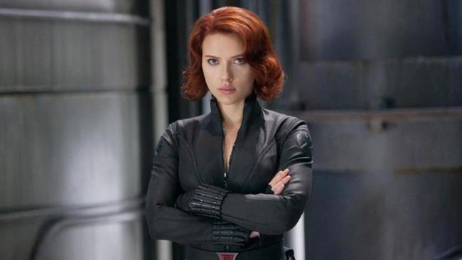 Scarlett Johansson mat vai Black Widow anh 1