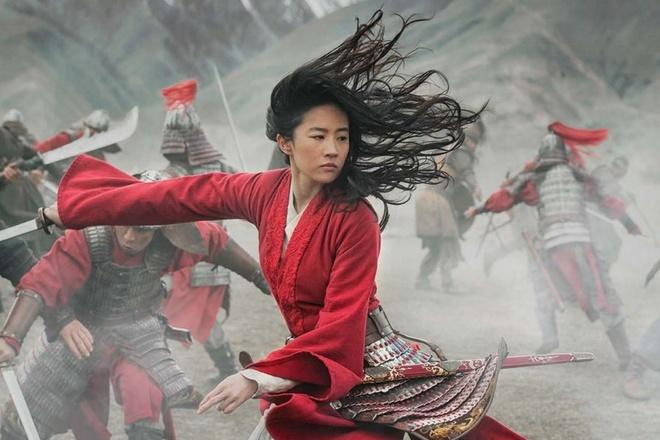 """Tác phẩm """"Mulan"""" của Nhà Chuột tiếp tục bị lùi lịch chiếu."""