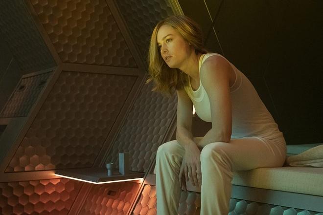 Brie Larson truot vai anh 1