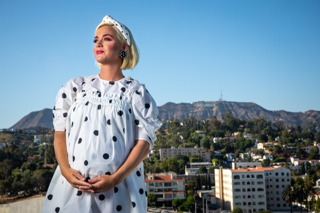 Katy Perry ung ho Ellen DeGeneres anh 1