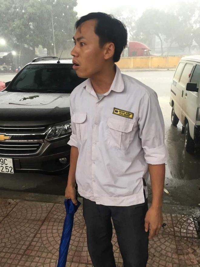 3 phu nu bi tai xe taxi Hoan Kiem danh o ben xe hinh anh 1