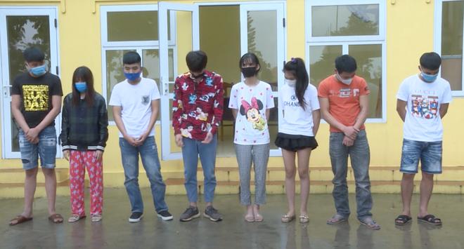 8 thanh niên sử dụng ma túy trong nhà nghỉ