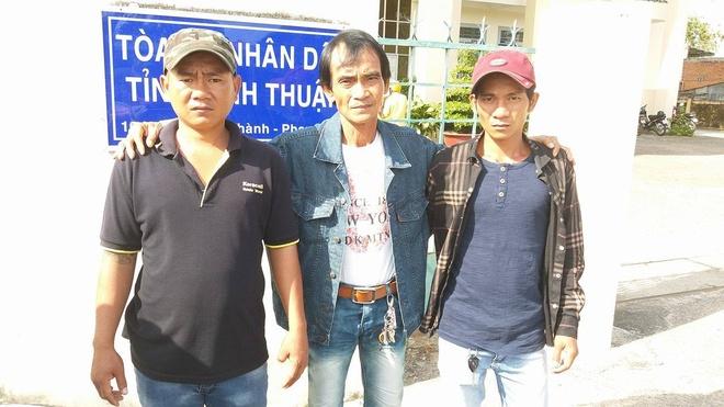 Ong Huynh Van Nen sap nhan duoc tien den bu hinh anh 1