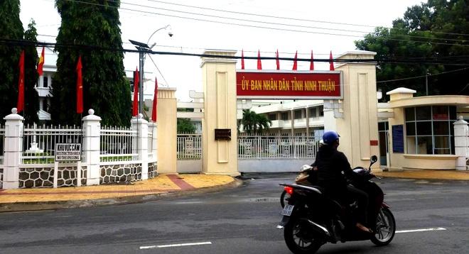 Ninh Thuan bo nhiem 53 can bo lanh dao khong du tieu chuan hinh anh
