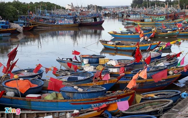 Ninh Thuan doi mat nguy co lo dat sau bao so 12 - Damrey hinh anh 2