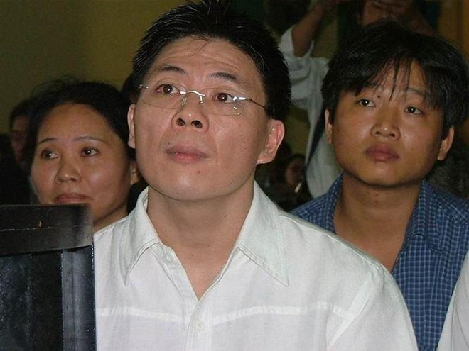 Nguyen Gia Thieu tung phai ngoi tu vi buon lau 39.000 chiec dien thoai hinh anh 2