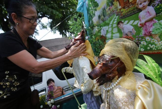 Toi Philippines xem lon quay mac trang phuc dieu pho hinh anh 9