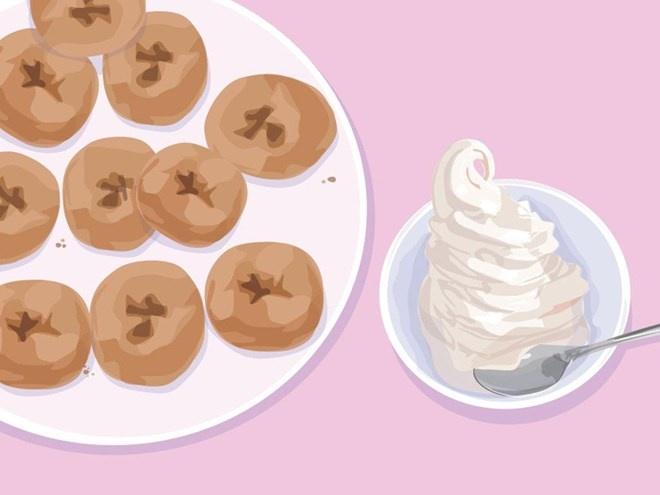 Mua gi voi 100.000 dong o 12 nuoc tren the gioi? hinh anh 3 Kyoto, Nhật Bản: Khoảng 12 cái bánh đậu rán cỡ nhỏ và một bát tào phớ nhỏ được phục vụ bởi gian hàng Fujino Tofu ở Siêu thị Nishiki.