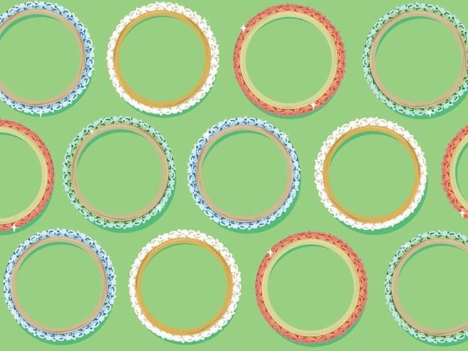 Mua gi voi 100.000 dong o 12 nuoc tren the gioi? hinh anh 8 Jaipur, Ấn Độ: Số tiền có vẻ ít ỏi này có thể giúp bạn mua được một lô vòng vèo nhựa rực rỡ sắc màu mang đậm bản sắc của Ấn Độ để làm quà lưu niệm.