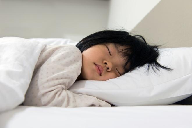 Nhung dieu me tin la lung nhat the gioi hinh anh 5 6. Hàn Quốc: Người dân nơi đây tin rằng bật quạt trong phòng kín khi đi ngủ có thể sẽ giết chết bạn. Điều này phổ biến tới mức các quạt điện đều có thêm bộ hẹn giờ.