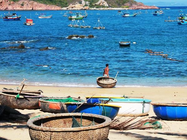 Kham pha ve dep me hoac cua Bai Xep - Genh Rang hinh anh 5 Với khung cảnh tuyệt đẹp, Bãi Xếp luôn là địa điểm nằm trong sổ tay của những tín đồ phượt trẻ Việt và Tây ba lô