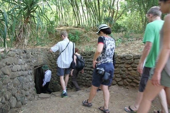 Khach Tay sung sot khi toi dia dao Viet chua duoc 600 nguoi hinh anh 7 Lối vào địa đạo Vịnh Mốc.
