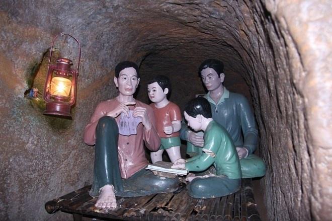 Khach Tay sung sot khi toi dia dao Viet chua duoc 600 nguoi hinh anh 8 Bên trong địa đạo có đầy đủ giếng nước, nhà vệ sinh, căn hộ từng là nơi sinh hoạt của quân dân ta trong những năm khốc liệt của chiến tranh.
