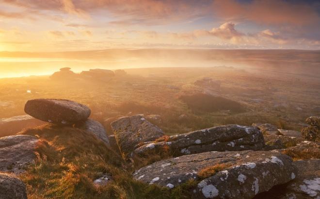 Phu Quoc vao top 20 diem trang mat tuyet nhat the gioi hinh anh 5 Dartmoor, Anh: Vẻ đẹp lãng mạn nhưng hoang dã của Dartmoor là sự lựa chọn hoàn hảo cho những cặp đôi muốn có tuần trăng mật sôi động và mang tính phiêu lưu.