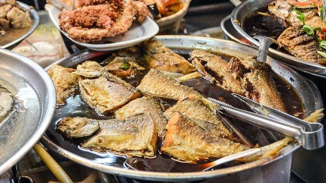 Nhung mon an via he ngon chay nuoc mieng o Dai Loan hinh anh 10 Cá thu Tây Ban Nha: Thời điểm tuyệt nhất để thưởng thức món cá thu Tây Ban Nha ở Tainan là từ cuối mùa hè tới đầu mùa thu.