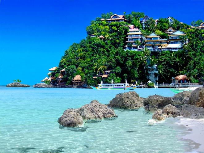 Du lich chau A chi voi 600.000 dong mot ngay hinh anh 4 Đảo Boracay, Philippines: Bạn có thể lên một chuyến bay ngắn từ Manila sang đảo Boracay, một thiên đường nhiệt đới với nhiều hoạt động hấp dẫn. Các tour lặn biển, đi thuyền, các căn lều cạnh biển và những món ngon đều có giá phải chăng, bạn có thể tận hưởng kỳ nghỉ tuyệt vời chỉ với khoảng 600.000 đồng một ngày.