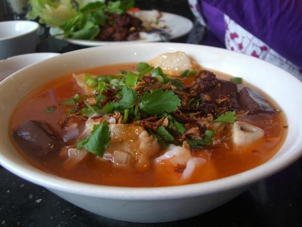 Cac mon Viet Nam khach Tay khong the bo qua hinh anh 11