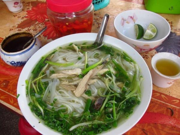 Cac mon Viet Nam khach Tay khong the bo qua hinh anh 2