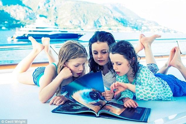 Nhung yeu cau quai chieu tren sieu du thuyen hinh anh 4 Lớp học nổi trên biển: Chủ nhân của các siêu du thuyền thuê giáo viên dạy học cho con mình trong các chuyến đi vòng quanh thế giới. Với các giáo viên thì đây quả là một công việc trong mơ, vừa có lương cao (tối thiểu là 50.000 bảng), vừa được đi tới những điểm du lịch tuyệt vời.