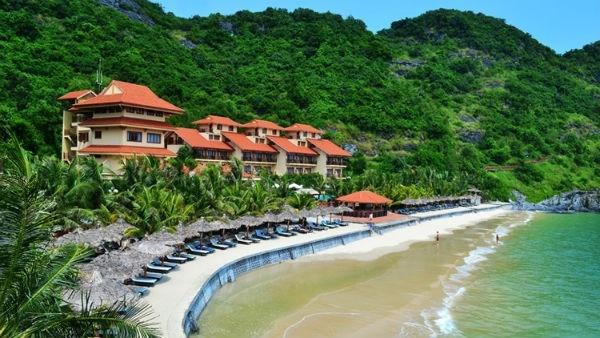 6 diem du lich gan Ha Noi cho dip nghi le 30/4-1/5 hinh anh 2 Cát Bà là điểm du lịch hấp dẫn cho những ai yêu thích biển.