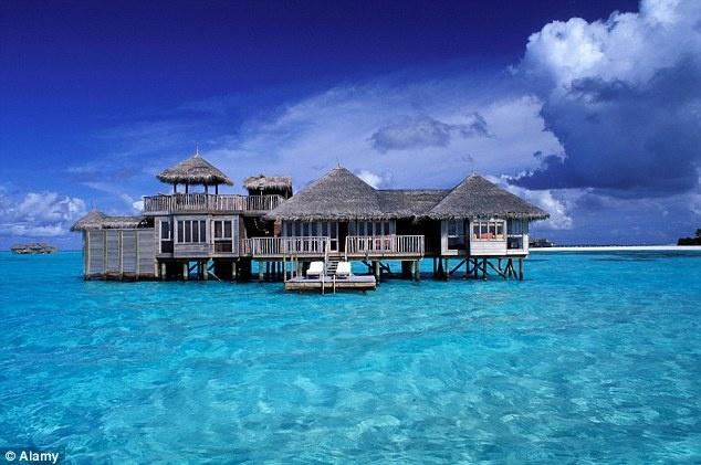 Gili Lankanfushi ở Maldives được TripAdvisor bầu chọn là khu nghỉ dưỡng tuyệt nhất thế giới.