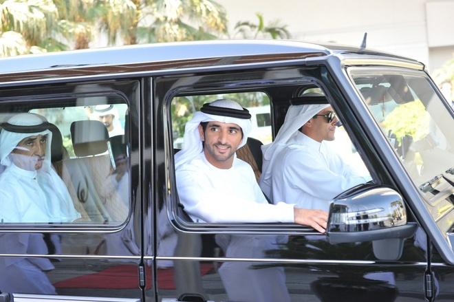 5. Không bao giờ ăn mặc lôi thôi: Dù là đi siêu thị hay đi dạo ở công viên, người Dubai cũng ăn mặc chỉn chu khi bước ra khỏi cửa. Ảnh: Uaenoc.