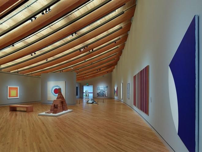 Nhung trai nghiem khong the bo qua o My hinh anh 4 Thăm bảo tàng nghệ thuật ở Arkansas: Bảo tàng nghệ thuật Mỹ Crystal Bridges trưng bày tác phẩm của các nghệ sĩ nổi tiếng như Thomas Hart Benton, Mark Rothko và Andy Warhol.