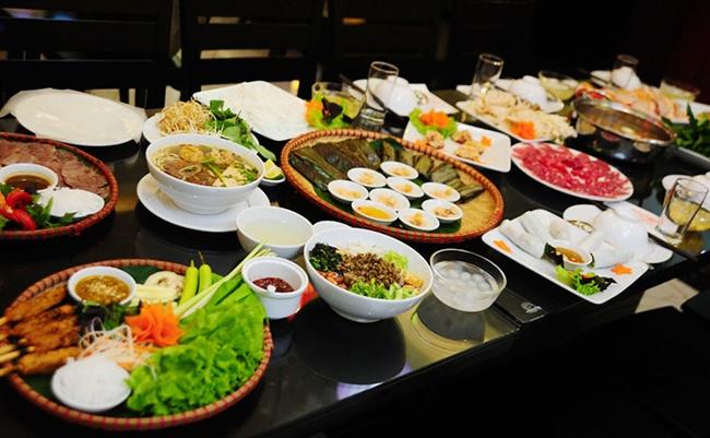 Nen an buffet o Binh Quoi hay Van Thanh dip 2/9? hinh anh
