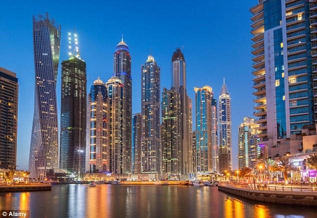 Dubai nổi tiếng với các công trình ấn tượng và dịch vụ xa xỉ.