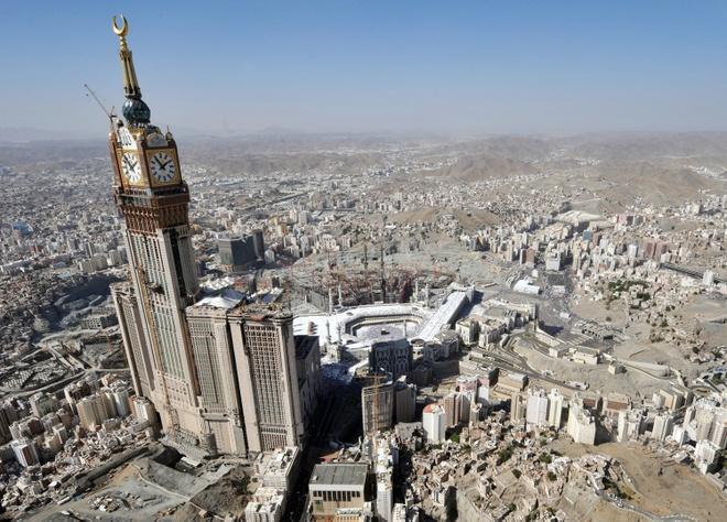 Vi sao hang trieu tin do dao Hoi do ve Mecca? hinh anh 1