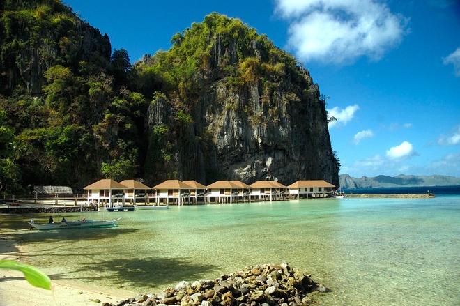 15 diem den mo uoc cho Ngay quoc te du lich hinh anh 13 13. El Nido, Palawan, Philippines: El Nido nằm trên Palawan, hòn đảo được mệnh danh là đẹp nhất thế giới, với những bãi biển tuyệt, thác nước, vách đá và suối nước nóng tuyệt đẹp. Thời điểm lý tưởng nhất để tới đây là từ tháng 12 năm trước tới tháng 1 năm sau.