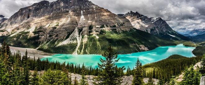 15 diem den mo uoc cho Ngay quoc te du lich hinh anh 2 2. Jasper, Canada: Cắm trại gần mặt nước, ngắm nhìn khung cảnh trong vắt đang độ vào thu ở Jasper là chuyến đi lý tưởng cho ngày cuối tuần. Nếu may mắn, bạn sẽ được chiêm ngưỡng Bắc cực quang vào buổi tối.
