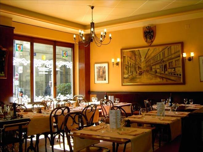 Nhung bua an sieu dat chi danh cho dai gia (phan 2) hinh anh 3 11. Nhà hàng của khách sạn Ville, Crissier, Thụy Sĩ (<abbr class=