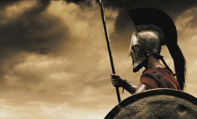 Nhung nghi le dang so de chung to ban linh dan ong hinh anh 2 Giết nông nô: Theo truyền thống của người Sparta, các nam thanh niên được đào tạo kĩ năng chiến đấu trong 10 năm. Sau đó, ở tuổi 17, họ phải trải qua một nghi lễ cuối cùng. Các thanh niên này được thả vào một khu vực để rình bắt và giết chết bất cứ nông nô hay nô lệ nào. Những ai thất bại sẽ bị trừng phạt bằng đòn roi hoặc các biện pháp tra tấn khác.
