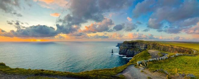 Ve dep cua 10 quoc gia thinh vuong nhat the gioi hinh anh 10 10. Ireland: Nhờ chỉ số an toàn và an ninh cao, Ireland đã tăng 2 hạng và vào top 10 quốc gia thịnh vượng nhất thế giới. Ảnh: Schadenkind.