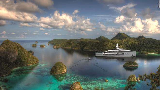 """Sieu du thuyen co kha nang pha bang nhu tau chien hinh anh 3 Giám đốc tiếp thị của Damen, ông Victor Caminada, cho biết: """"Tàu chiến của chúng tôi có khả năng vượt trội về tốc độ và quãng đường, nhưng không có các tiện nghi sang trọng. Điều đó khiến chúng tôi suy nghĩ xem một tàu lớn hạng sang cần gì, như khoang chứa lớn hơn, các bộ phận thay thế. Tàu cần có khả năng vận hành tốt hơn các siêu du thuyền bình thường khi ở các khu vực nhiệt đới hay nơi có băng""""."""