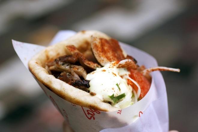 Nhung khac biet cua mon doner kebab khap the gioi hinh anh 2