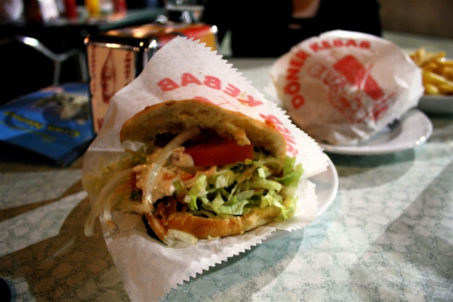 Nhung khac biet cua mon doner kebab khap the gioi hinh anh 15
