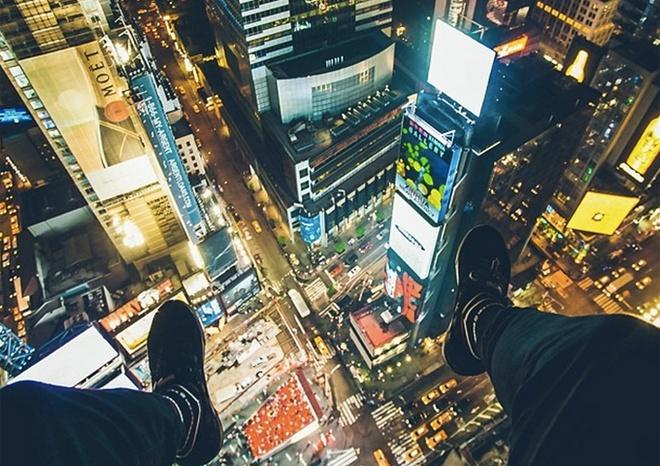 10 diem den duoc phu song day dac nhat tren Instagram hinh anh 2 2. Quảng trường Thời Đại (New York, Mỹ): Đây là một trong những điểm đến được nhiều người yêu thích nhất ở New York, và đã xuất hiện trên vô số phim điện ảnh, truyền hình. Ai cũng muốn khoe ảnh mình đã tới đây.
