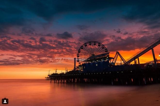 10 diem den duoc phu song day dac nhat tren Instagram hinh anh 8 8. Cảng Santa Monica (California, Mỹ): Hình ảnh đu quay khổng lồ rực sáng trên nền trời hay các hoạt động thú vị diễn ra ở đây được nhiều người ghi lại trên Instagram.
